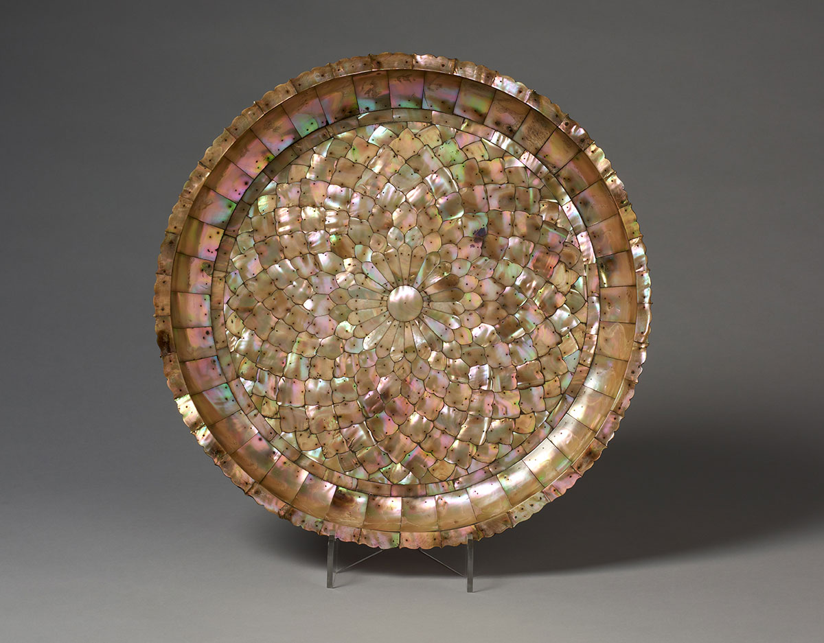 Large Basin in Mother-of-Pearl